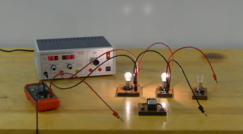 Power Supply, 3 bulbs in parallel, a 9V battery, a multimeter