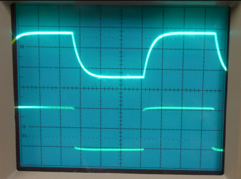 Oscilloscope output of a capacitor and the power source